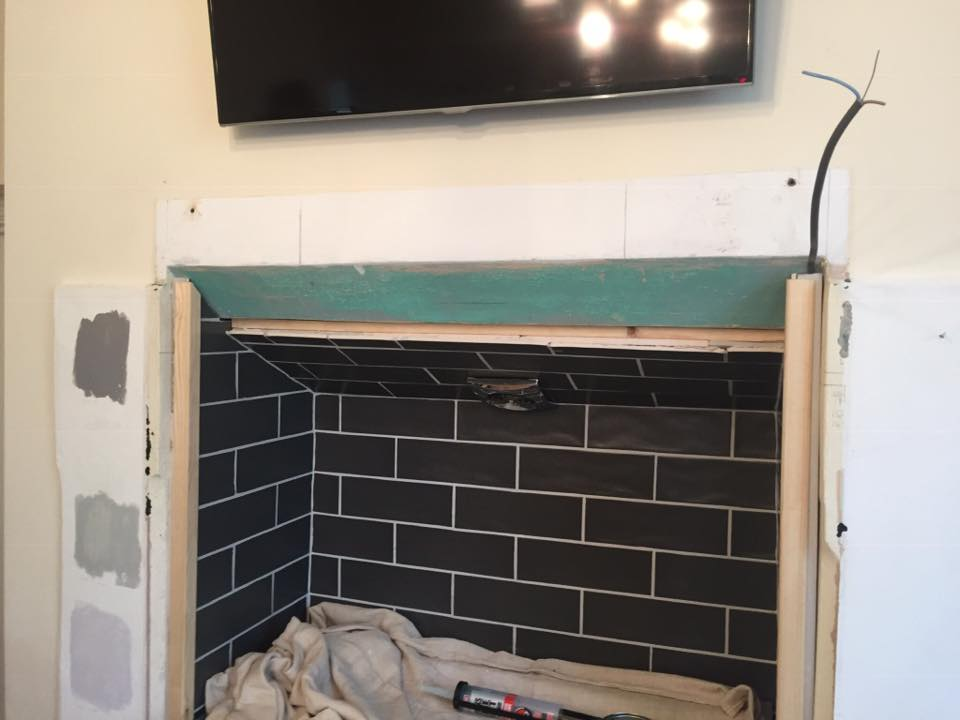 cooker being fitted